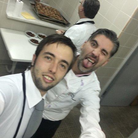 Cucina impeccabile servizio ottimo e molto veloce al - Cucina a ferro di cavallo ...