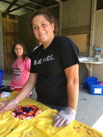 Richfield Springs, NY: Tie-dye for everyone!