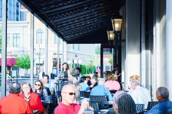 Alabama: Outdoor Seating