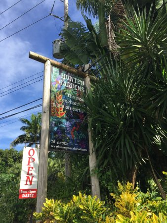 Saint Joseph Parish, Barbados: Easy to spot the entrance from the street.