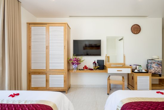 Ocean Deluxe Twin Room - Picture of Grand Jeep Hotel Danang, Da Nang ...