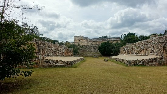 Uxmal, Mexico: DSC00689_large.jpg