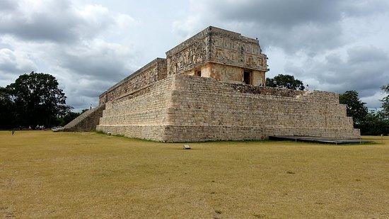 Uxmal, Mexico: DSC00693_large.jpg