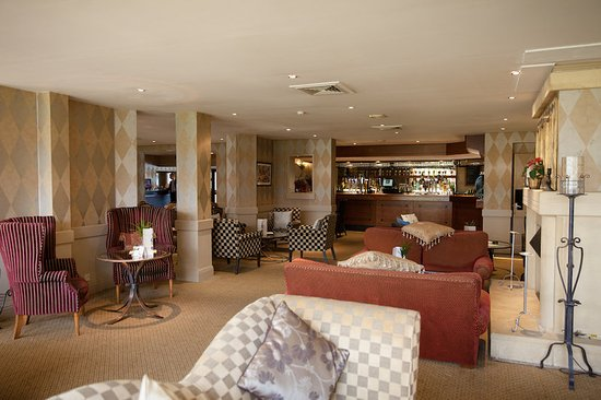 Brook Mollington Banastre Hotel & Spa: Bar/Lounge