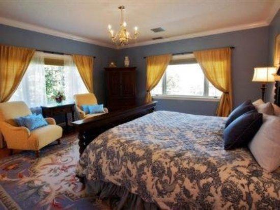 Newport, TN: Guest room