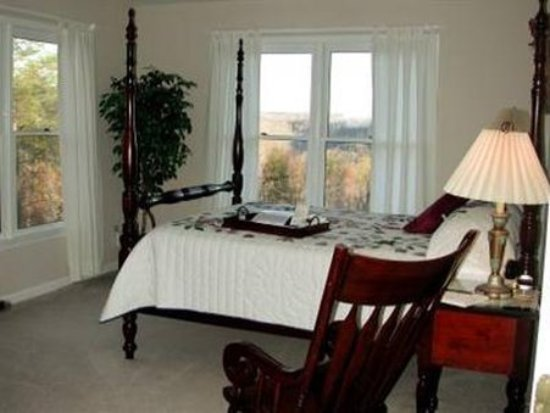 Monterey, TN: Guest room