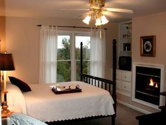 Monterey, TN: Guest room