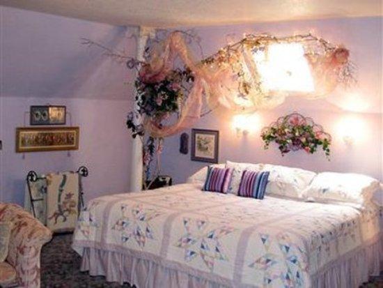 Saint Ansgar, IA: Guest room