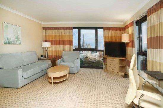 Hilton Vienna: Suite
