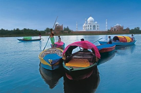 Private Tour: 06-Hours Taj Mahal...