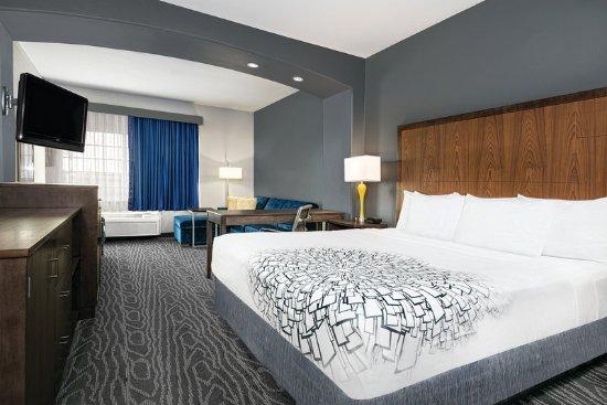 Mercedes, TX: Guest room
