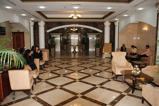 Winchester Hotel Apartments: Lobby
