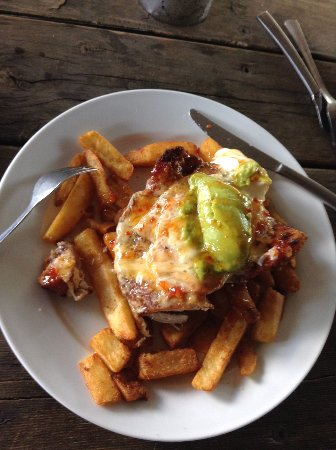 O'Connell, Australia: mexican chicken parma