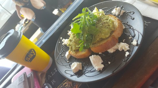 Tannum Sands, Australien: Smashed Avo - THE BEST