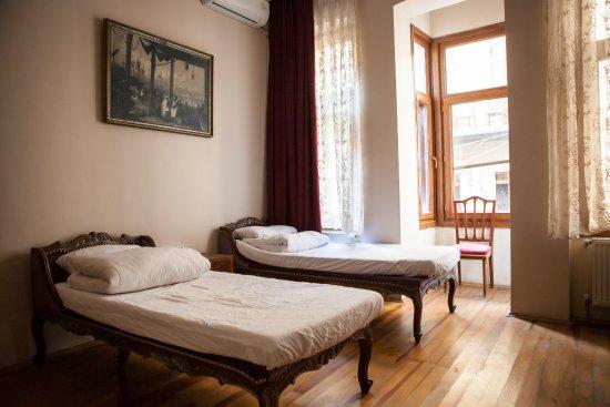 Chambers of the Boheme : Female dorm