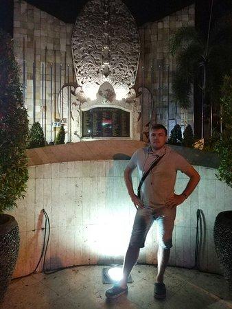 Ground Zero Monument: IMG_20180117_233212_large.jpg