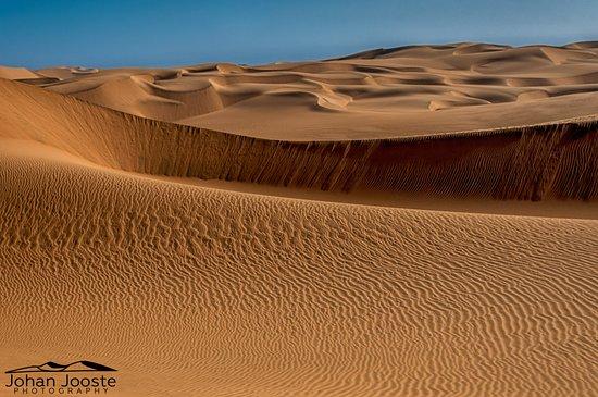 Swakopmund, Namibia: Simply Red.....dunes.