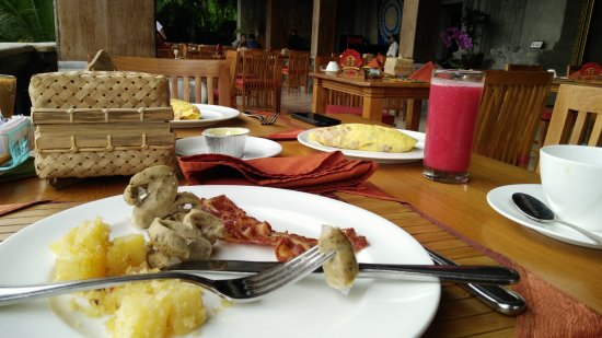 Pita Maha Resort and Spa: Breakfast