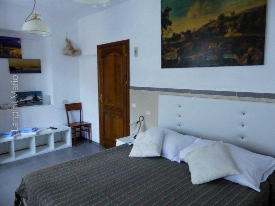 Giglio Castello, Ιταλία: camera sei con aria condizionata