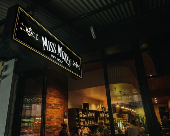 Greater Melbourne, Australia: Miss Moses
