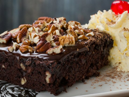 Melkbosstrand, South Africa: Spur pecan nut brownie