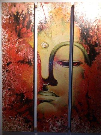 Buddha House Boutique Hostel: IMG_20180117_204257_large.jpg