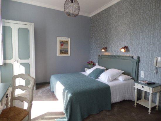 Hotel Le Saint-Pierre Photo