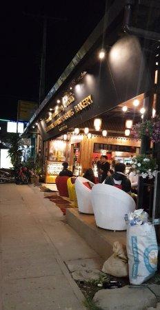 Luang Prabang Bakery : Snapchat-822005597_large.jpg