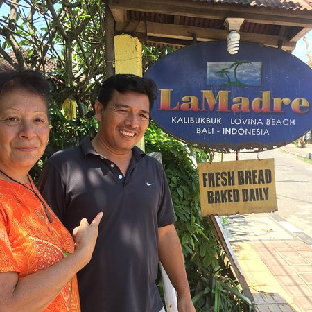 La Madre: The food was delicious as also was the service. Nice and clean and very lovely surroundings, clo