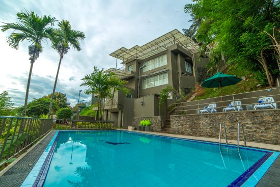 Range kandy guesthouse reviews photos rate comparison - Bungalows with swimming pool in sri lanka ...
