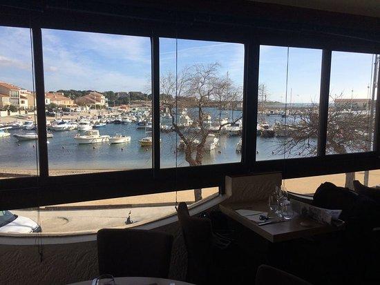Le chalut martigues restaurantanmeldelser tripadvisor for Restaurant le miroir martigues