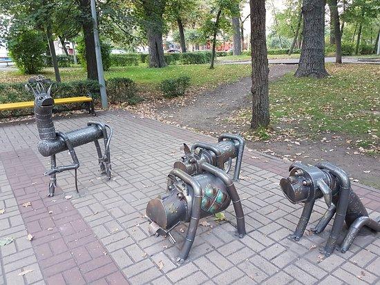 Sculpture Dogs