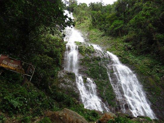 Poring, Malasia: Langganan Waterfall 景觀
