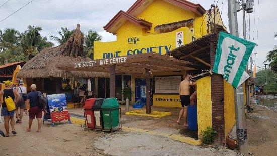 Malapascua Island, Filippinerna: 20180117_160135_large.jpg