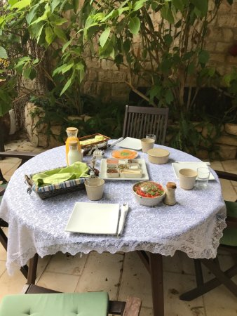 Pina Balev: Breakfast in the courtyard.