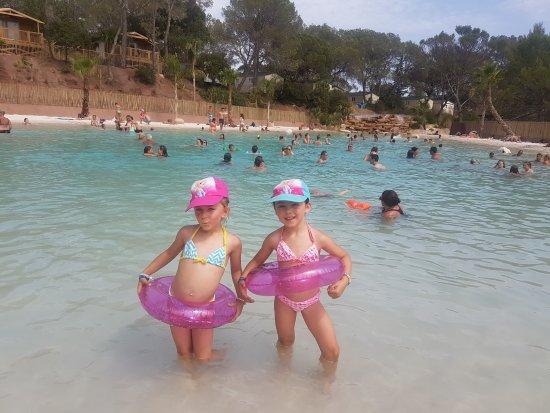 Notre lagon-plage plaît beaucopup aux familles ! - Picture of ...