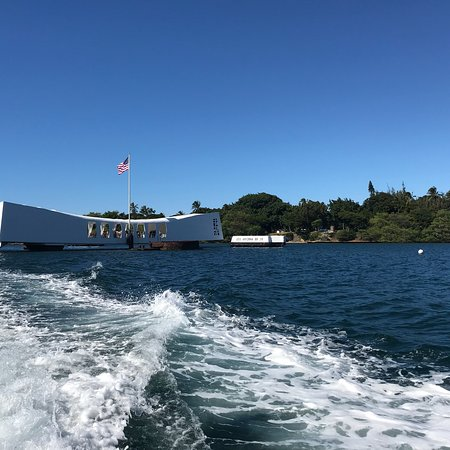 USS Arizona Memorial/WW II Valor in the Pacific National Monument : Lest We Forget