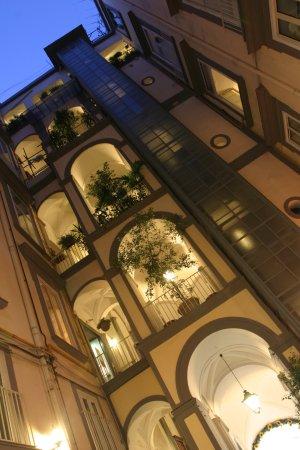 Chiaja Hotel de Charme: Hotel Chiaja