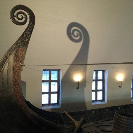 Wikingerschiffsmuseum: photo0.jpg