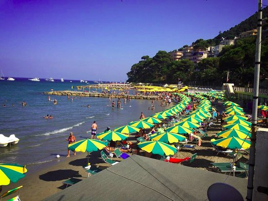 Laigueglia, Italien: La spiaggia