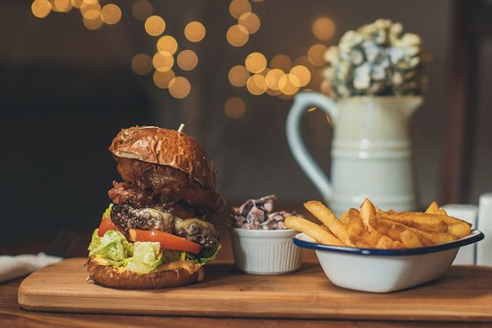 Colyford, UK: Our house burger
