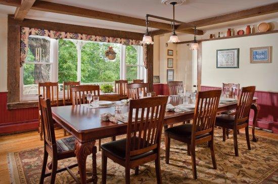 Warren, VT: The Dining Room