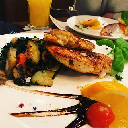 Cafe Bar Restaurant Oscar S