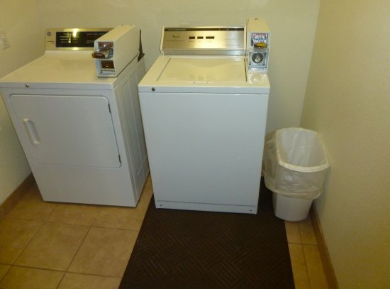 Gun Barrel City, Teksas: Laundry Facility