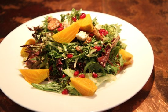 Zola Kitchen and Wine Bar: Golden Beet and Pomegranate Salad