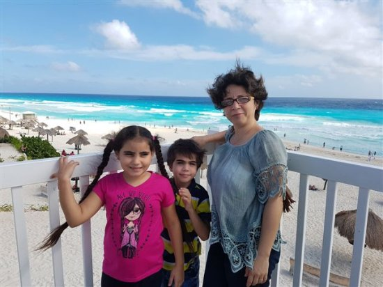 Playa Delfines: Color turquesa