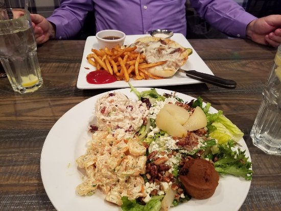 Glen Burnie, MD: The Grill at Quarterfield Station