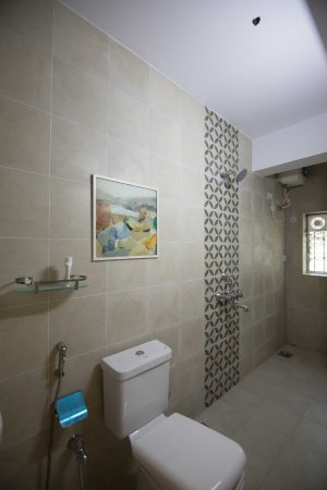 Siolim, India: The Abstract Suite bathroom