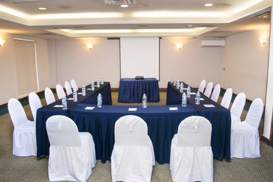 iStay Hotel Ciudad Juarez: Amplios salones de negocios/exposiciones equipados