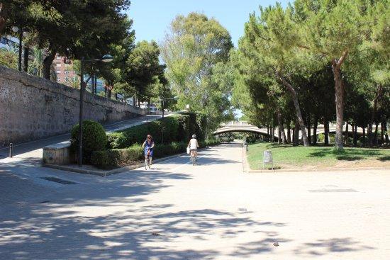 Jardines del turia valencia spanyolorsz g rt kel sek for Hotel nh jardines del turia